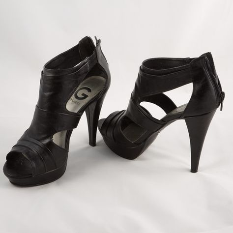 G BY GUESS Black high heels! This high heels are beautiful. G by Guess. G by Guess Shoes Heels
