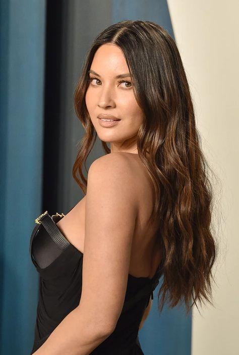 Who Has Olivia Munn Dated?