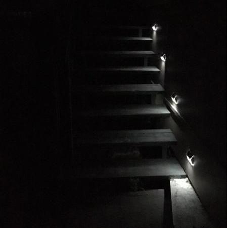 Eclairage Solaire Marche Escalier Exterieur Lampe Led Sans Fil Trendszy Eclairage Solaire Luminaire Solaire Solaire