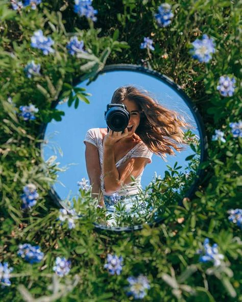 Creative mirror photography ideas and tips! How to take your mirror photography outside, or indoor mirror photography tips as well!