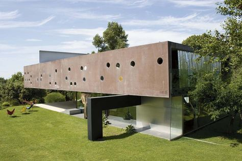 Maison Lemoine, Floirac (France) by Rem Koolhaas. 1994-1998