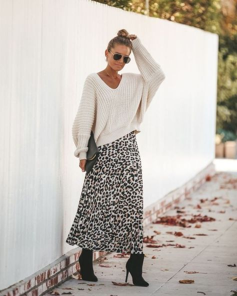 How cool looks silk slip skirt leopard print with knit sweater in cream #falllook #besttrends #lookideas #outfitideas #outfit