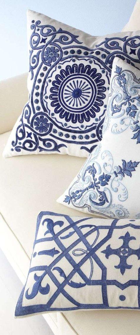 Cuscini Bianchi E Blu.Arredamento Bianco E Blu Estate 2016 Cuscini Blu Decoro Bianco