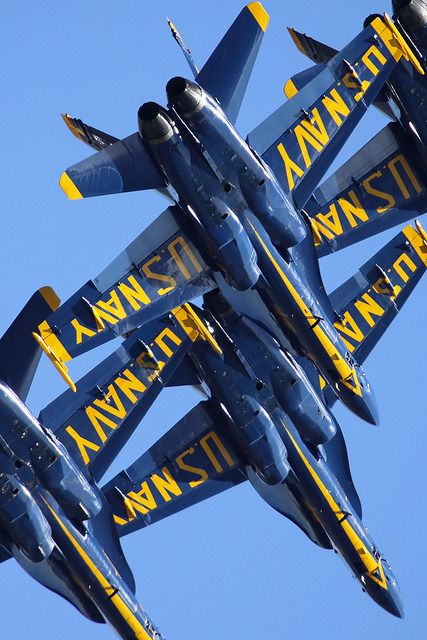 """youlikeairplanestoo: """"Photog Mark Von Raesfeld sure got a nice lens full of the Blue Angels in this shot! Pretty tight diamond formation if you ask me! Full version here. Blue Angels Planes, Us Navy Blue Angels, God Family Country, Strange Weather, Us Marines, Beautiful Lines, Native American History, Aircraft Carrier, Military Aircraft"""