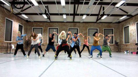 aerobicos para adelgazar bailando musica moderna en español