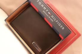 محافظ رجالية تومي هيلفيغر Electronic Products Mp3 Player Phone