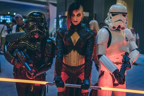 This Sith Cosplay Will Make You Choose The Dark Side