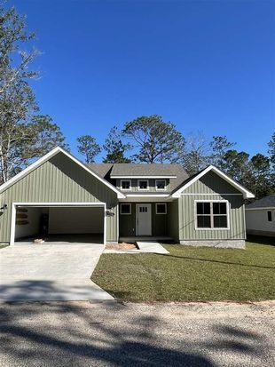 13070 Hartung Ave Pensacola Fl 32506 Mls 581134 Zillow Vinyl Wood Planks Local Builders Building A House