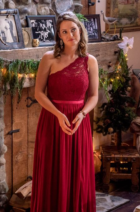 The Christmas Cottage Hallmark 2019 Its a Wonderful Movie   Your Guide to Family and Christmas Movies