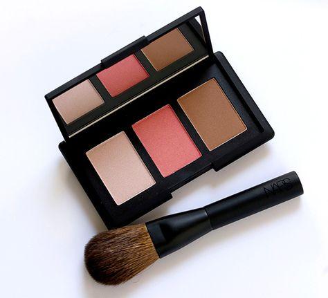 The NARS NARSissist Cheek Palette and Mini Blush Brush