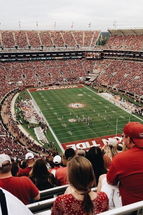 High School Life, Dream School, College Life, University Of Michigan Campus, State University, Football Stadiums, College Football, Alabama Football, Mexico Canada