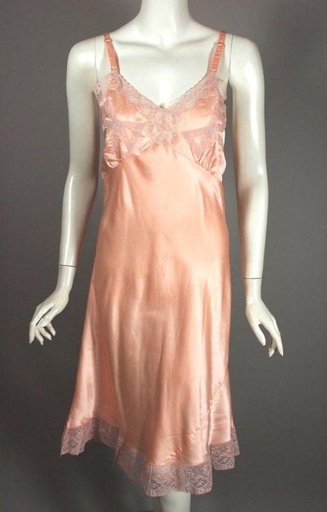 Pink rayon satin 1940s slip size XS 34 bust bias cut lace trim