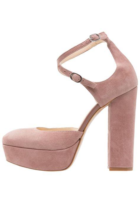 ¡Consigue este tipo de zapatos de salón de Mai Piu Senza ahora! Haz clic para ver los detalles. Envíos gratis a toda España. Mai Piu Senza Zapatos altos bardon pink: Mai Piu Senza Zapatos altos bardon pink Zapatos   | Material exterior: cuero velour, Material interior: piel de imitación, Suela: fibra sintética, Plantilla: cuero | Zapatos ¡Haz tu pedido   y disfruta de gastos de enví-o gratuitos! (zapatos de salón, salon, court, courts, pumps, zapatillas, escarpins, tacchi alti, saló...