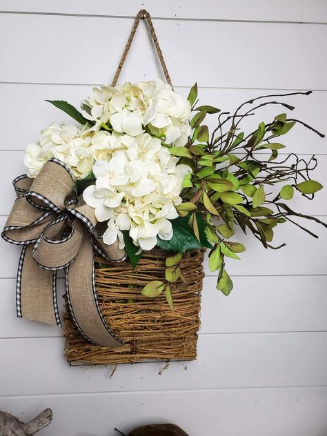 Hanging Baskets, Baskets On Wall, Cane Baskets, Easter Baskets, Wreaths For Front Door, Front Door Decor, Spring Door Wreaths, Easter Wreaths, Traditional Doors
