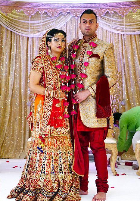 Hindu Wedding At Kadwa Patidar Centre The Wedding Hut Hindu Wedding Hindu Hindu Wedding Ceremony