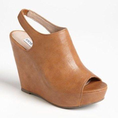 Steve Madden Shoes | Steve Madden 'Barcley' Wedge Size 7.5 | Color: Tan | Size: 7.5