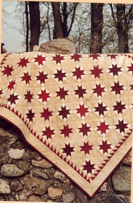 Country Threads :: Rotary Cut and Pieced Quilt Patterns :: Red & White Stars Quilt Pattern