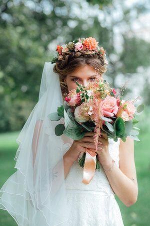 Photographe Mariage Aix Les Bains En 2020 Photographe Mariage Ceremonie Laique Robe De Bouquetiere