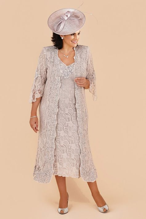 Ann Balon – Carla A very chic, yet stunning outfit from Ann Balon that can obtained in an array of colours. This gorgeous dress and coat is in full lace. The dress has a scooped neckline and wide straps and Read More...