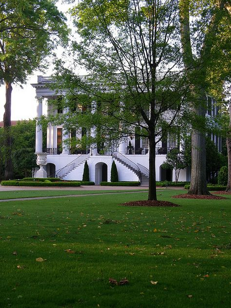 President S House On The Campus Of The University Of Alabama S