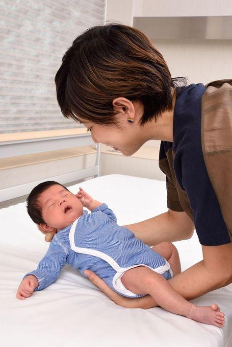 新生児 しゃっくり 止める 方法 【医師監修】新生児のしゃっくりが多くて苦しそう!