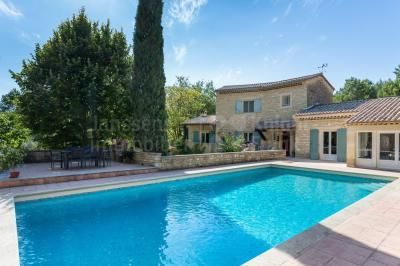Villa With Swimming Pool And Tennis Court For Sale In L Isle Sur La Sorgue Janssens Immobilier Provence Pool Pool Houses Villa