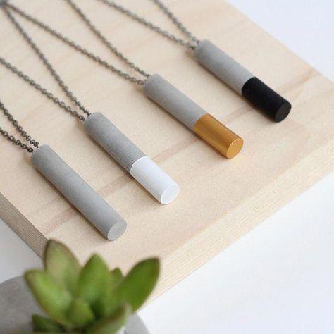 Concrete pendant necklace - Robin is Life