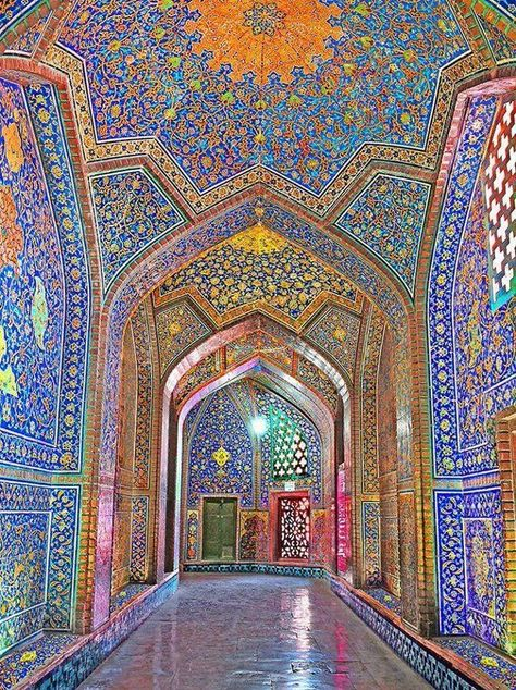 A collection of photographs pulled together by Decoritem shows the rich history of mosque wall art designs. The shapes, colors, and patterns that are embedded into the architecture present beautiful spaces, both on the exterior and interior. Art Et Architecture, Persian Architecture, Beautiful Architecture, Beautiful Buildings, Mosque Architecture, Ancient Architecture, Beautiful Mosques, Beautiful Places, Beautiful Pictures