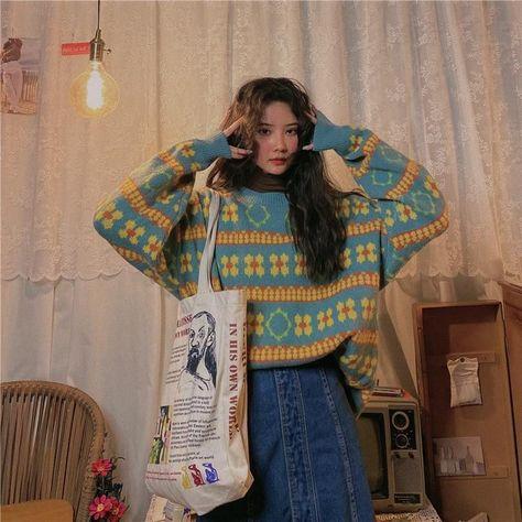 Y2k Aesthetic Fashion - Retro Oversize Pastel Striped Sweater