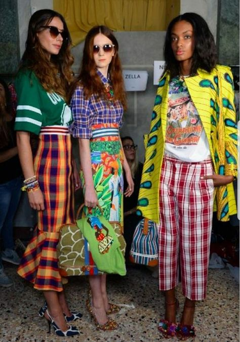 Pattern mixing done right via Stella Jean (Downtown Demure) - Stella Jean Backstage//Milan FW Spring 14 – I thought something about this is referencing the Car - Stella Jean, London Stil, Looks Style, My Style, Mode Hippie, Cooler Look, High Fashion, Womens Fashion, Street Style