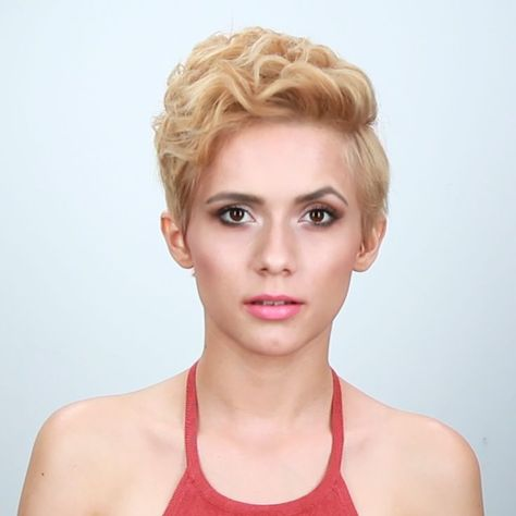 5 Ways To Style A Pixie - #pixie #style - #HairstyleFancy