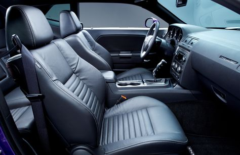 Challenger Hemi interior 2013