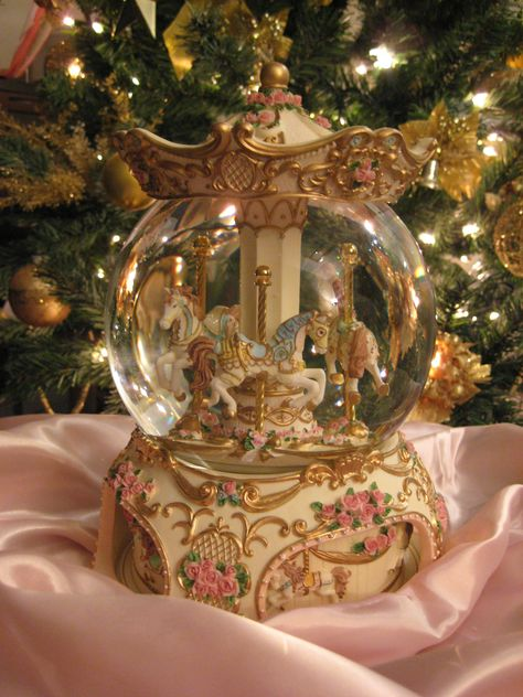 Wow, a Carousel horse, music box and snow globe all in one! Christmas Time, Christmas Bulbs, Christmas Snow Globes, Gold Christmas, Water Globes, Gold Aesthetic, Snowball, Creations, Retro