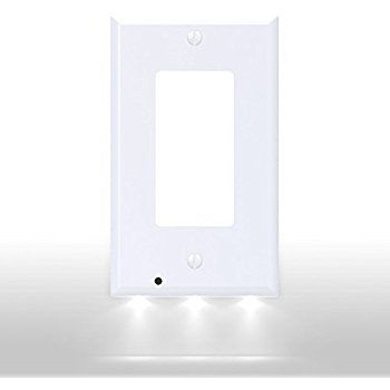 Snappower Guidelight Outlet Wall Plate With Led Night Lights No Batteries Or Wires Installs In Seconds Plates On Wall Led Night Light Night Light Cover