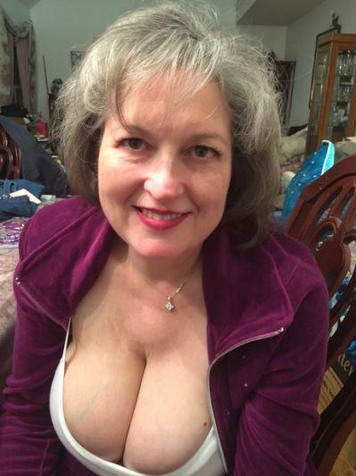 Pin On Sexy Mature Women