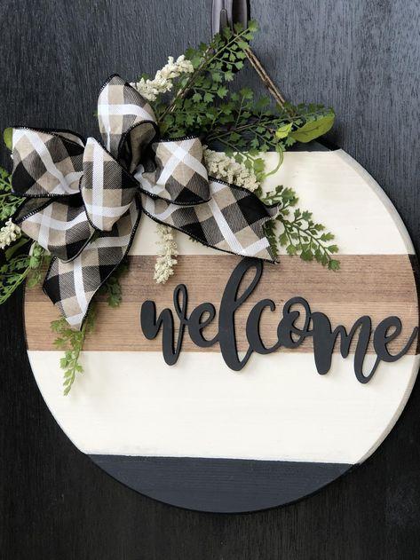 Wooden Door Signs, Diy Wood Signs, Pallet Signs, Outdoor Wood Signs, Fall Wood Signs, Welcome Signs Front Door, Front Door Decor, Wooden Welcome Signs, Front Doors