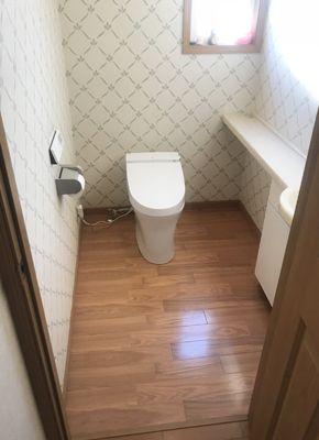 スタイリッシュなイメージになりました たつの市 T様邸 トイレ改装工事 費用 40万円 工期 3日 リフォーム アット 改装