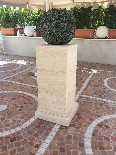Travertin Säulen, Dekoration, Ständer, für den Garten und Terrassen. Wir produzieren auf Maß