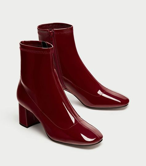 I Just Completely Lost My Mind Upon Seeing Zara's Latest Shoe Drop via @WhoWhatWearUK