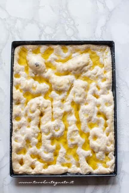 Focaccia Genovese Ricetta Originale Bimby.Focaccia Genovese Ricetta Originale E Trucchi Passo Passo Ricetta Ricette Ricette Di Cucina Cibo