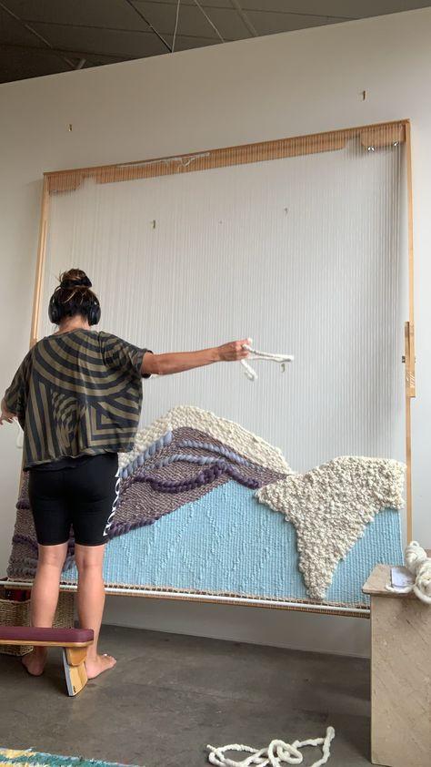 Weaving tapestry video loom