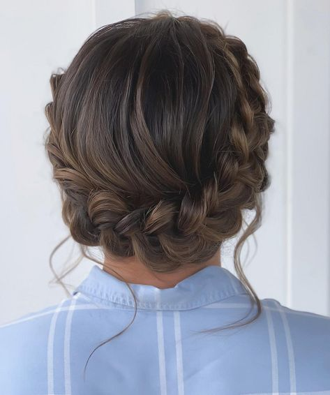 wedding hairstyles with crown Try A Braid Crown - Hairstyles That Help Hide Your Gray Hair - Its Rosy Braided Crown Hairstyles, Box Braids Hairstyles, Pretty Hairstyles, Hairstyle Ideas, Wedding Hairstyles, Braided Updo For Short Hair, Messy Plaits, Milkmaid Braid, Braided Buns