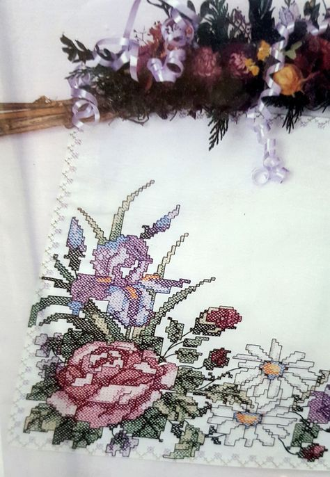 "Tobin Stamped Cross Stitch Embroidery Napkins FLORAL SCROLL  17/"" Pack of 12"