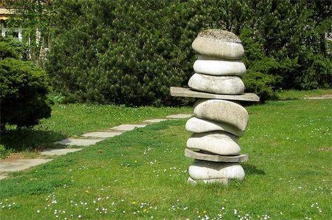 Gartendeko Selber Machen Foto Einer Steinfigur Für Den Garten Zum