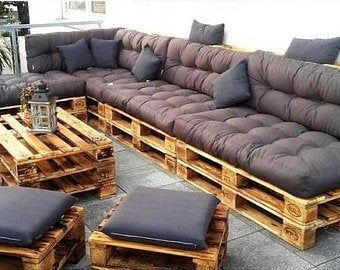 Sofa de paletes Sofa of pallets - Trends Garden Decorations Pallet Furniture Cushions, Pallet Garden Furniture, Diy Outdoor Furniture, Diy Furniture, Diy Pallet Couch, Palette Furniture, Pallet Lounge, Pallet Benches, Pallet Sectional Couch