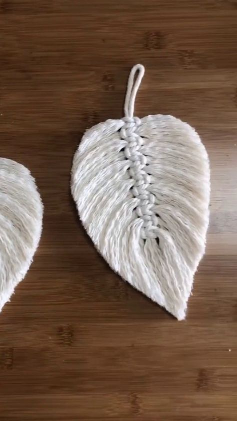 Knit a leaf