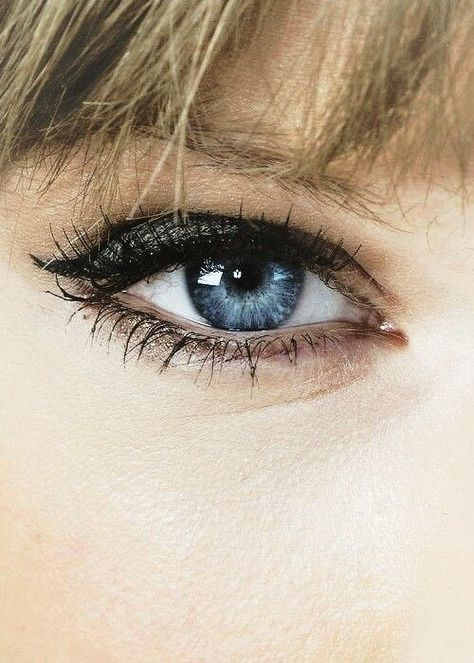 Find images and videos about blue, eyes and Taylor Swift on We Heart It - the app to get lost in what you love.