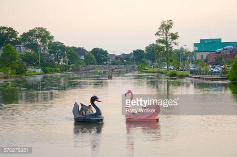 Photo : Swan pedal boats, Asbury Park, NJ