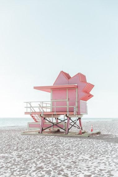 Beach Lifeguard Stand Summer Beach In 2020 With Images