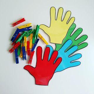 Materiales Para Educacion Infantil Manos De Colores Manos De Colores Clasificar Colores Educacion Infantil